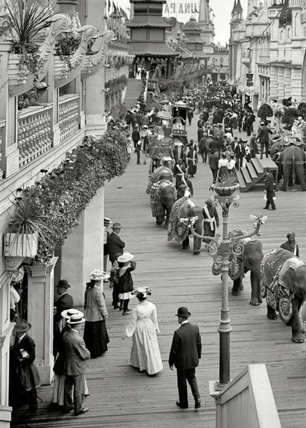 Coney Island, Brooklyn, 1905