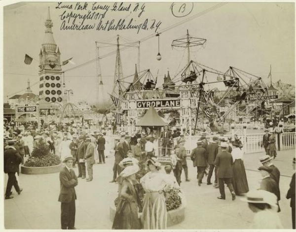Luna Park in Coney Island, Brooklyn, ca. 1917