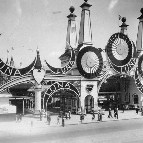 Luna Park in Coney Island, Brooklyn, 1920s