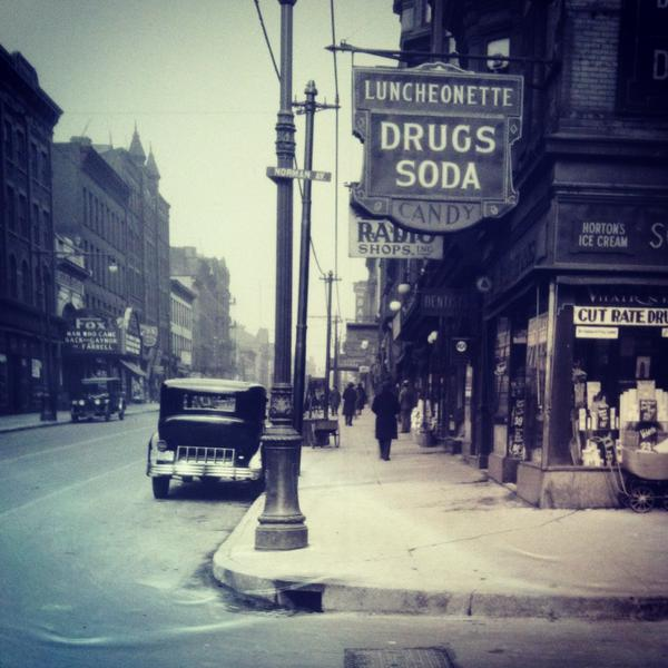 Manhattan Ave at Meserole in Brooklyn. 1920s
