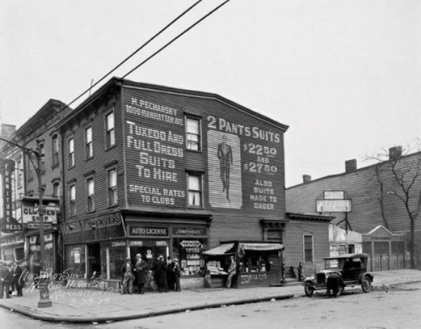 The corner of Huron Street and Manhattan Avenue in Greenpoint, Brooklyn, 1928