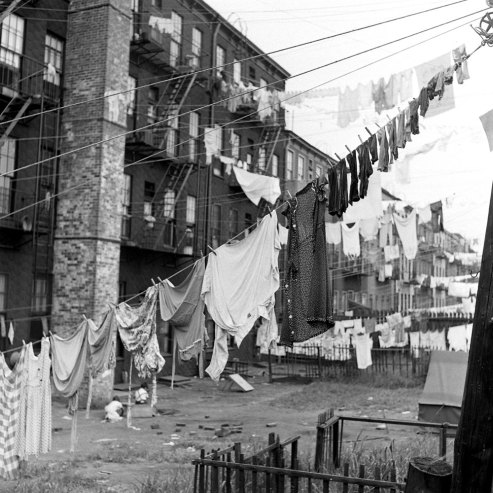 Laundry out to dry, Brooklyn, 1946