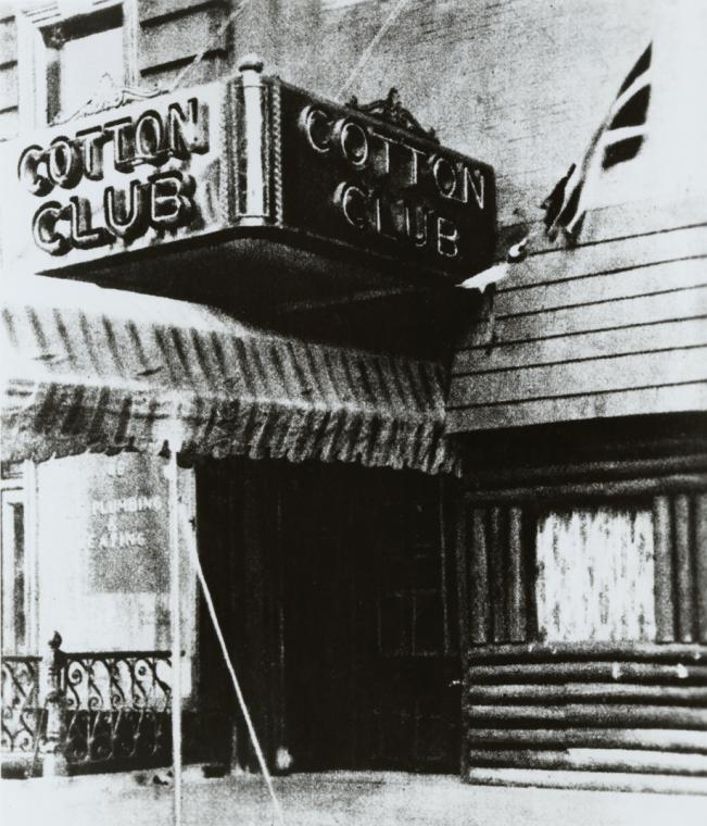 The entrance to the Harlem Cotton Club in Lenox Avenue, early 1920s