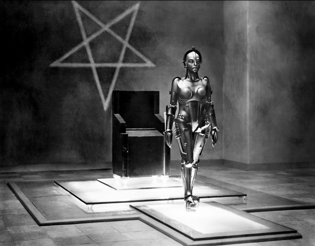 """Brigitte Helm playing in the Robot in the movie """"Metropolis"""" by Fritz Lang, 1927"""