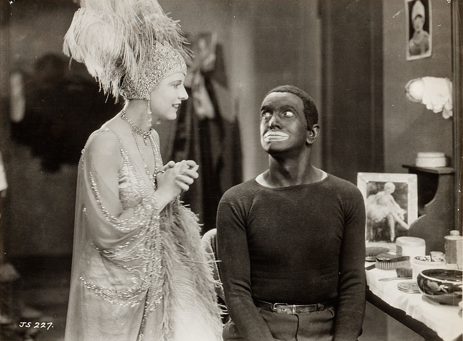 May McAvoy and Al Jolson in a scene of  The Jazz Singer  , 1927