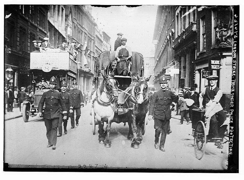 London strike. Truck under police protection -between ca. 1910 and ca. 1915 (The George Grantham Bain Collection - Library of Congress archive)