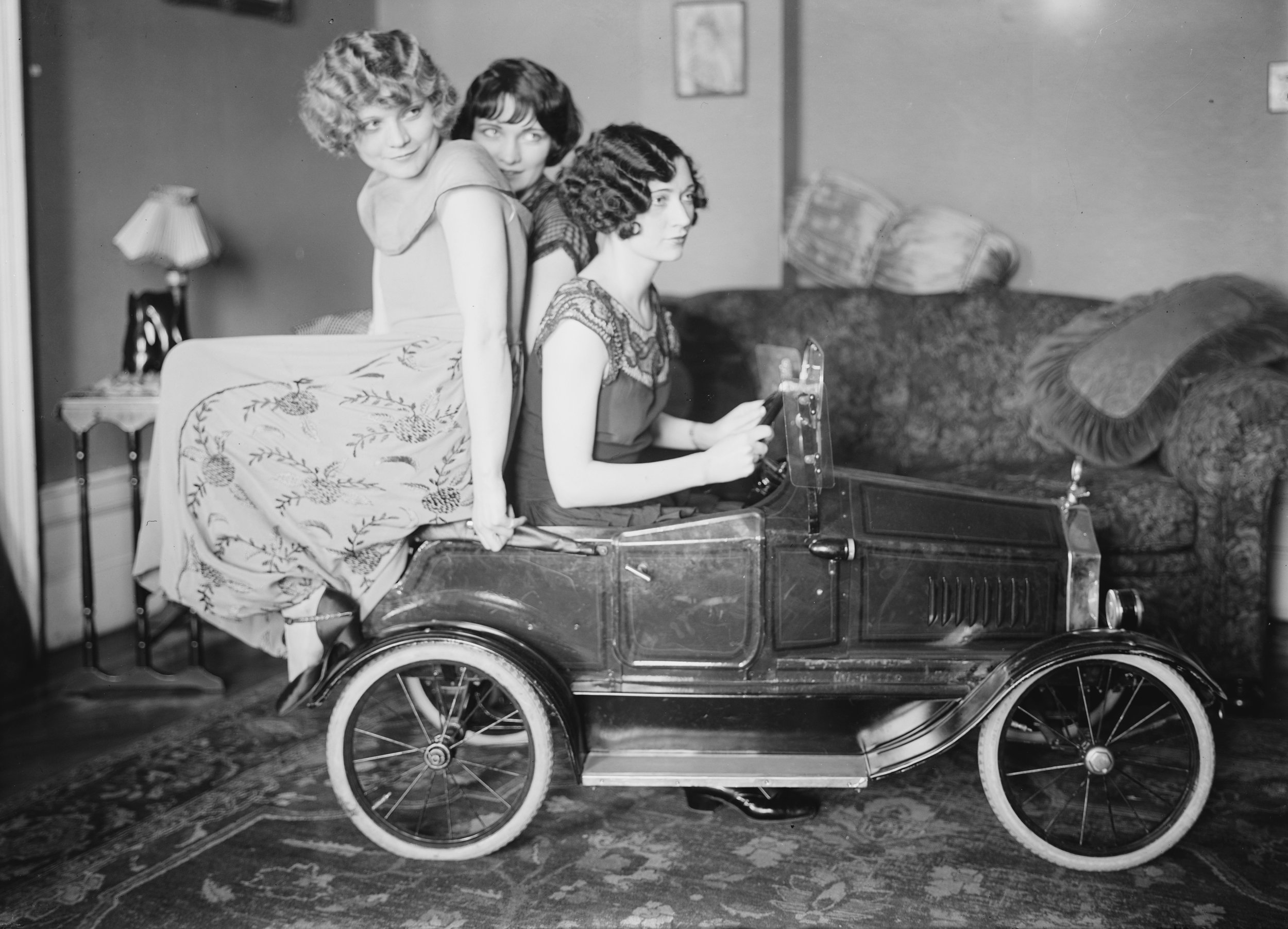 The Brox Sisters, posed with toy car. Left to right: Loryane, Bobbe, Patricia, 1920s (The George Grantham Bain Collection - Library of Congress archive)