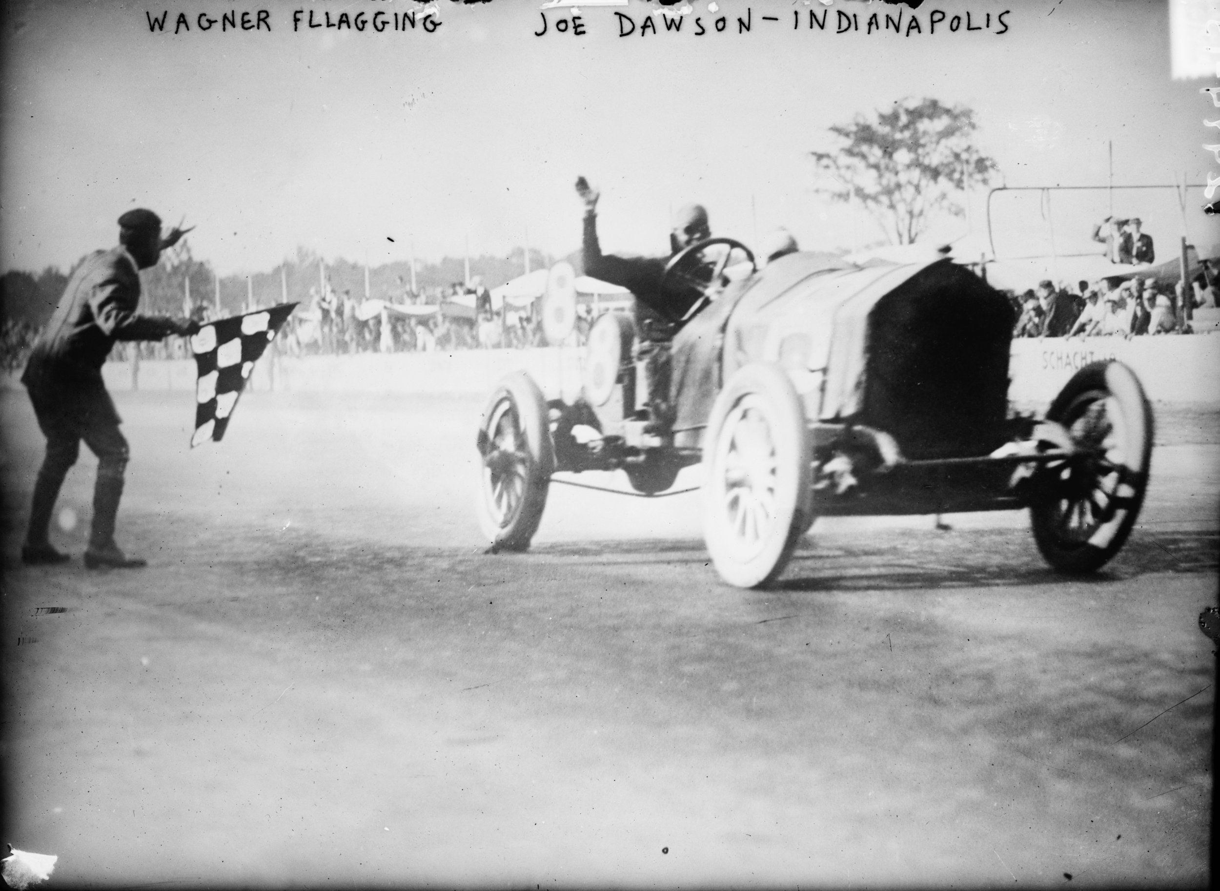 Joe Dawson winning the 1912 Indianapolis 500 race, 1912 (The George Grantham Bain Collection - Library of Congress archive)