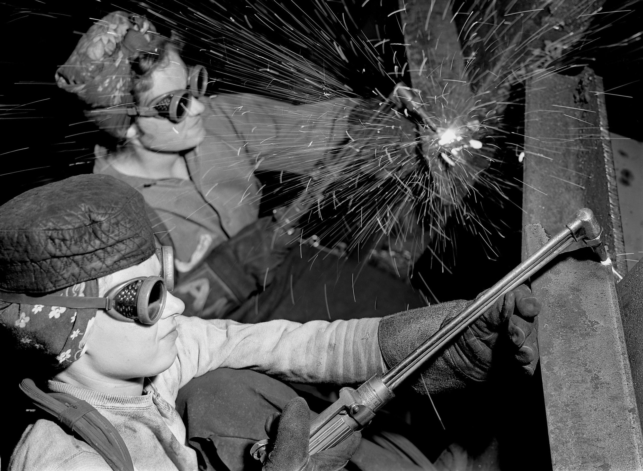 Women Factory Workers on the Home Front, 1943