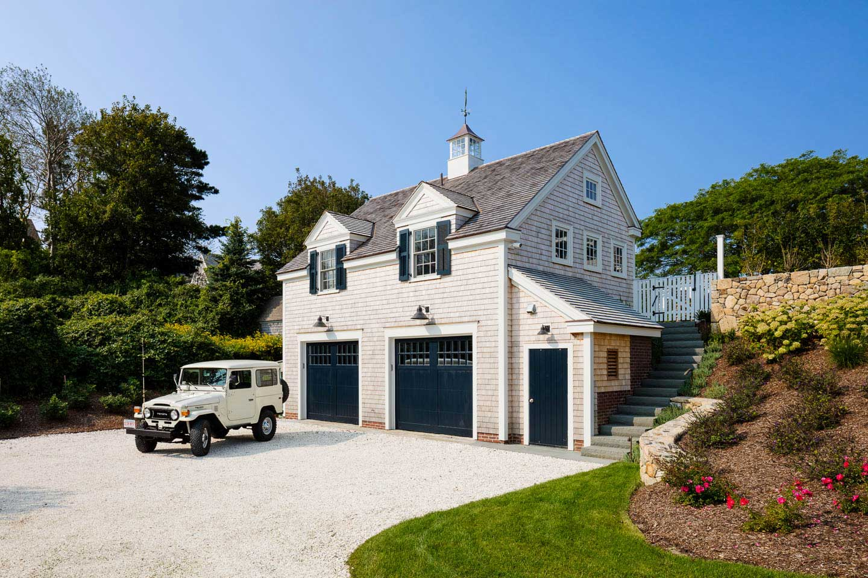 Chatham, Cape Cod, Garage, Shell Driveway, Cape House