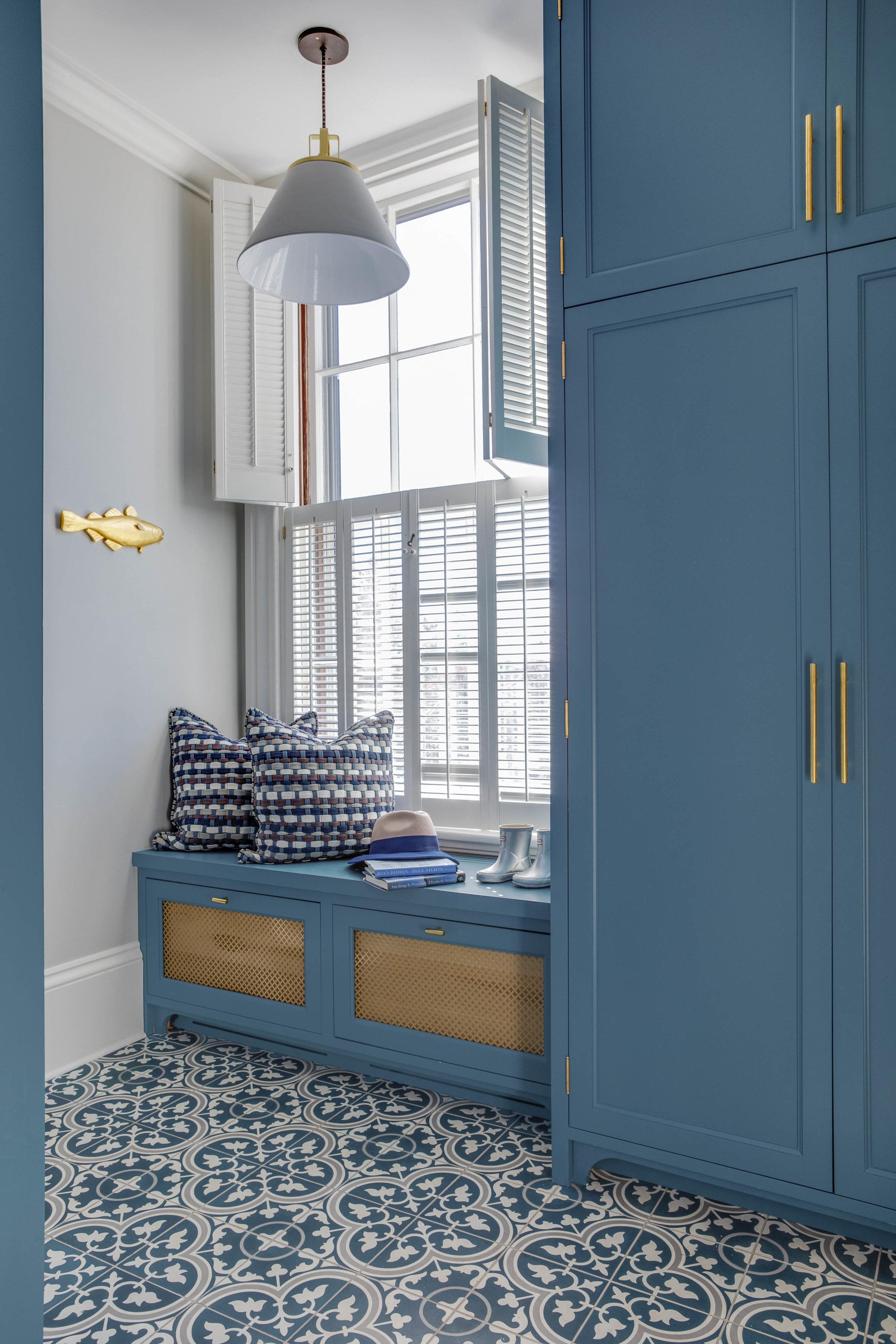 Digs Design, Digs, Digs Design Company, Interior Design, Jocelyn Chiappone, Rhode Island, Newport, Providence, Benefit Street, Mudroom, Blue Cabinets, Tile floor