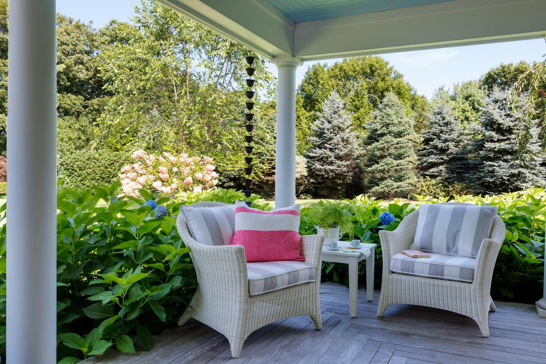 patio, patio decor, patio seating, wicker furniture, white wicker