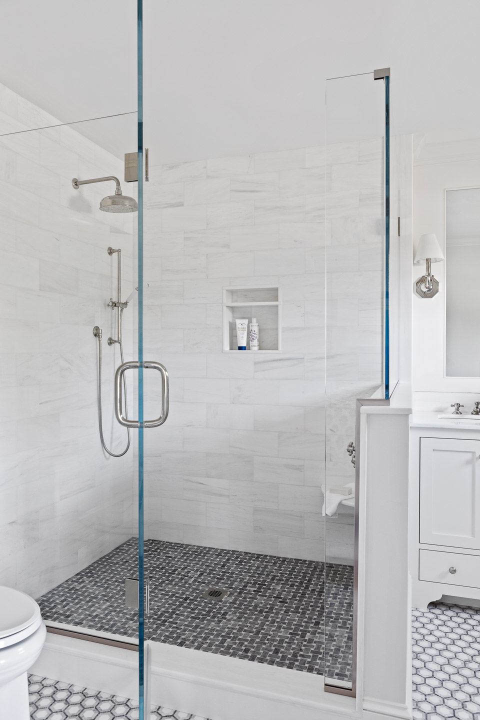 Rhode Island, interior design, interior designer, bathroom design, white bathroom
