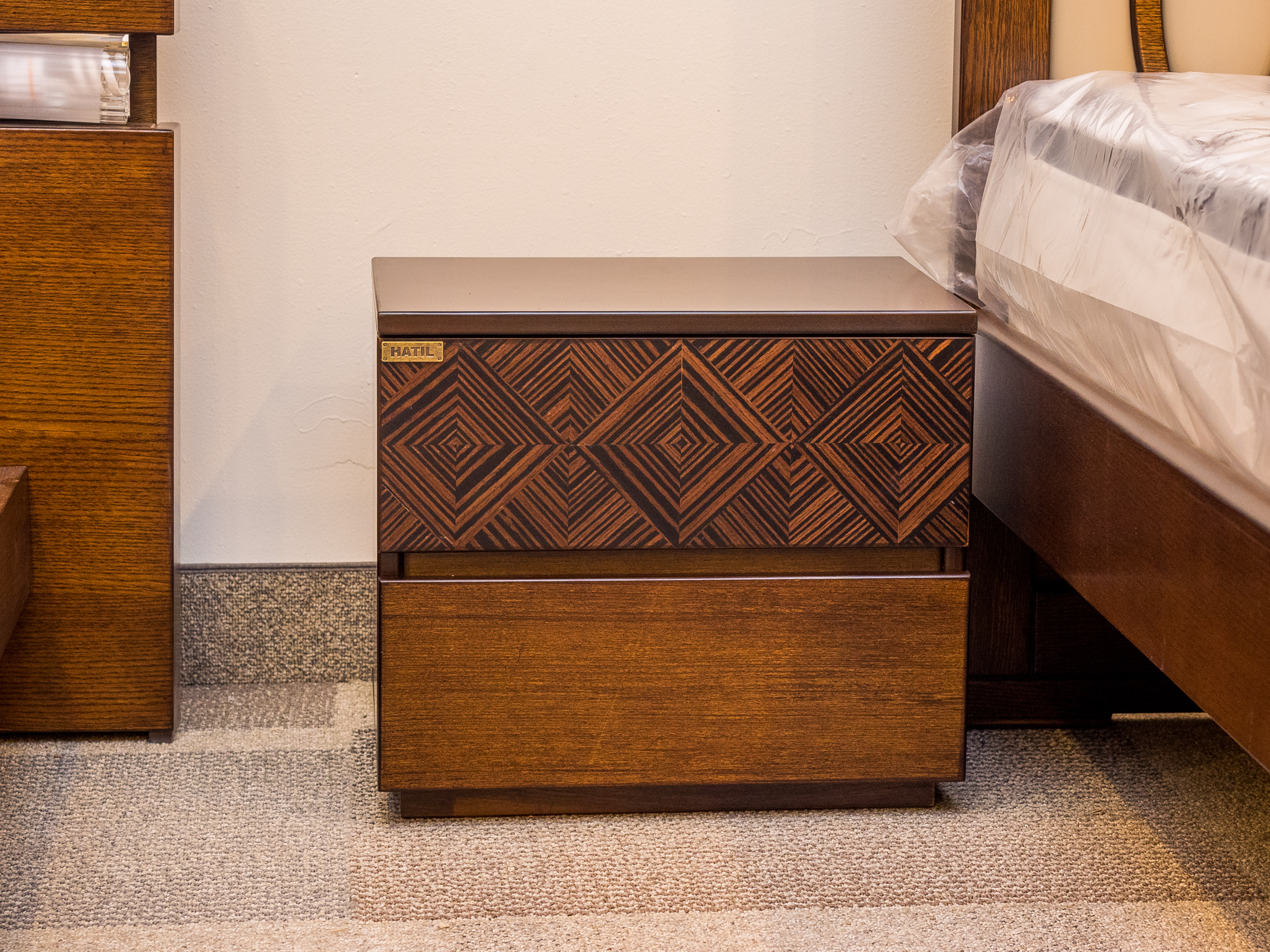 Model: 123-2-1-77. Side table with patterned drawer.