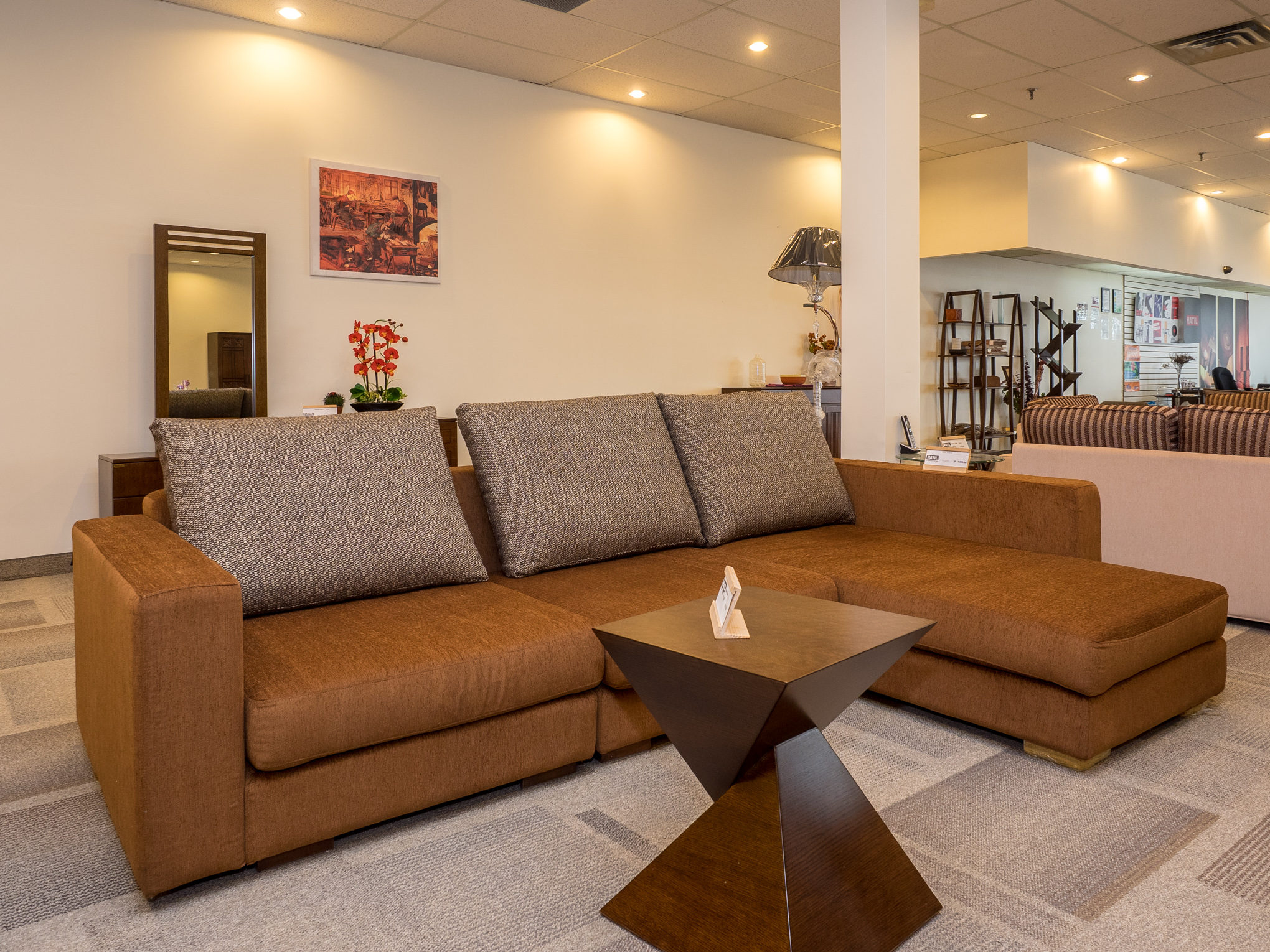 Model: 249-2-1-77. Sofa with long seat (copper).