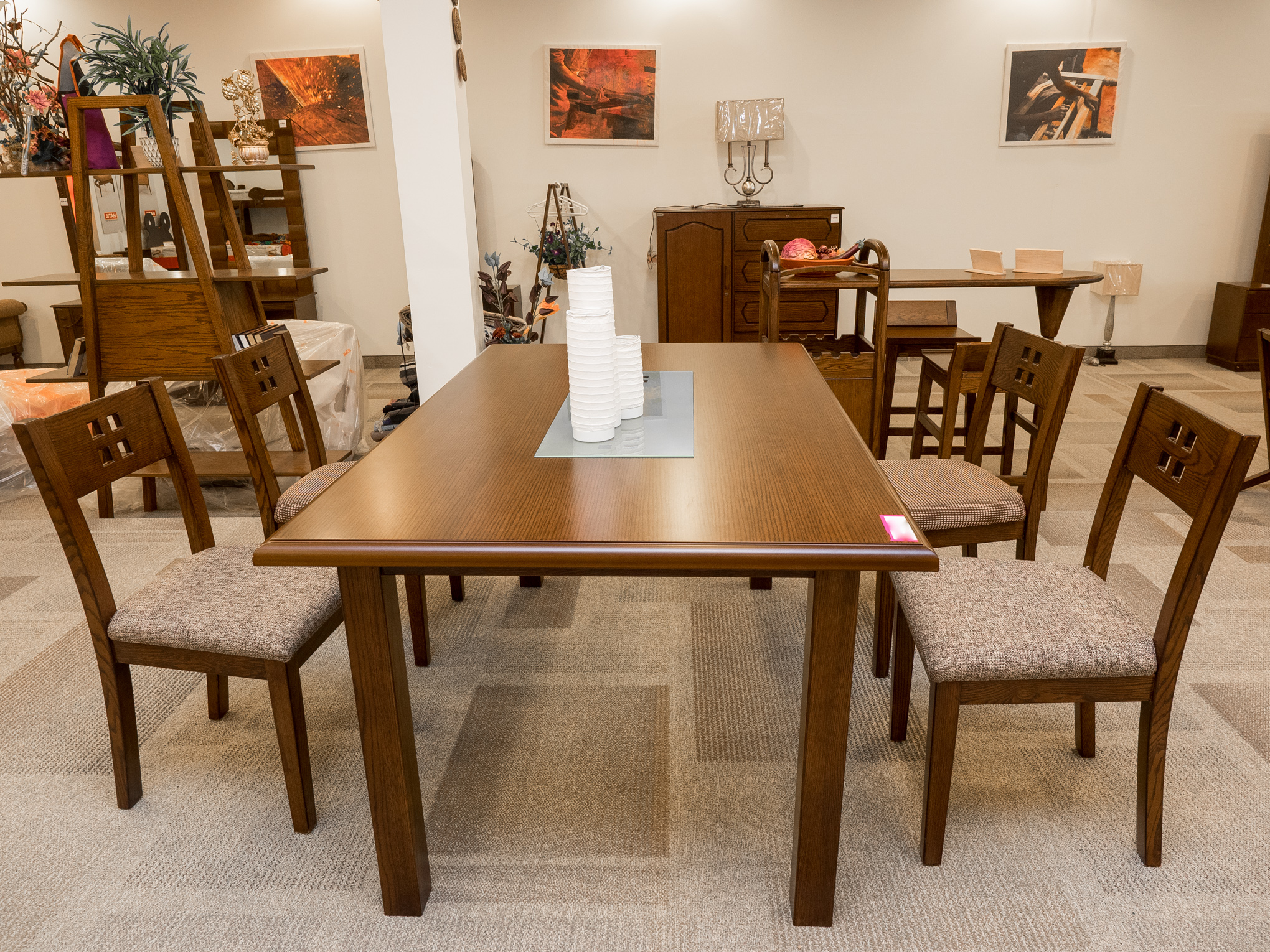 6 seater (4 shown) square patterned dining set