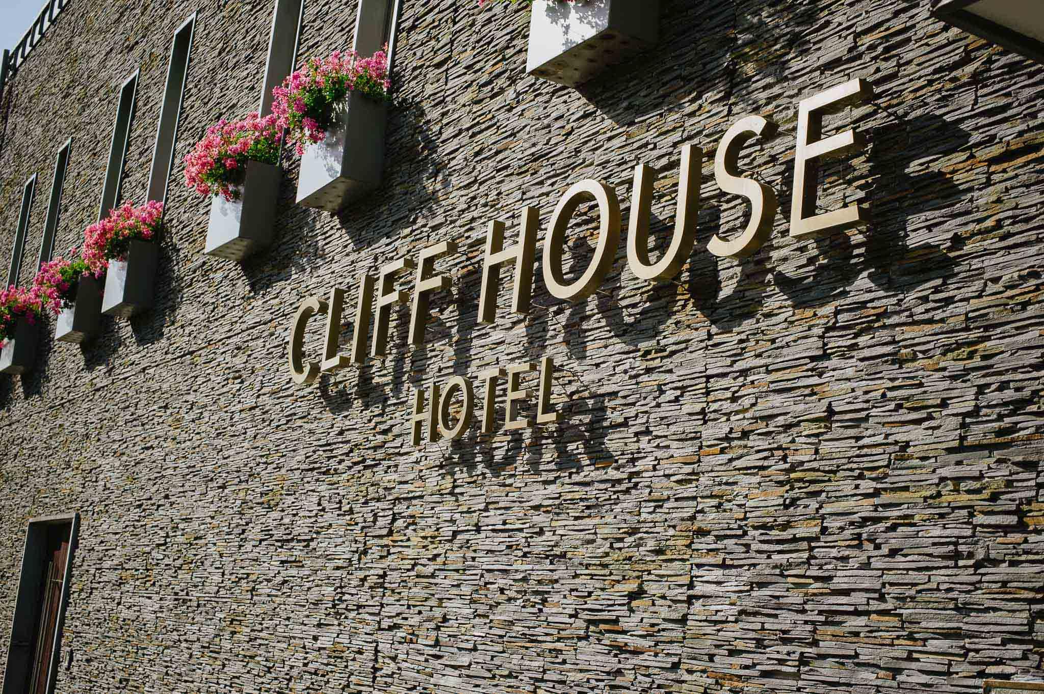CliffHouseHotelWeddingPhotographyIreland-34.jpg