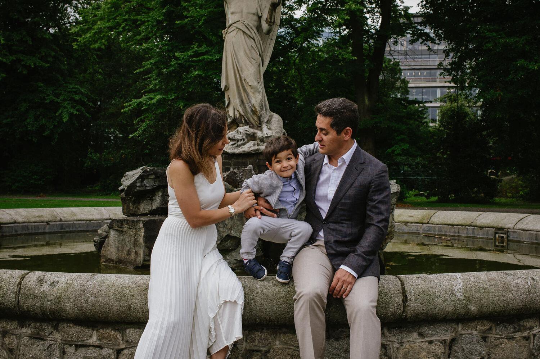 parasto&kouroshcanadianfamilysessionwebedits-39.jpg