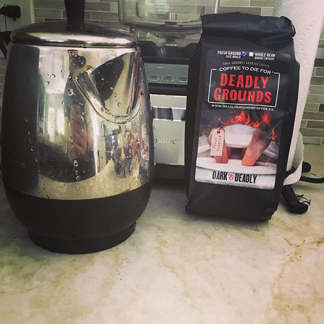 Enjoying a Dark and Deadly roast today from @deadlygroundscanada @deadlygroundscoffee . . . . . #deadlygroundscoffee #canada #coffee #horror #dead #darkroast #suckittimmies #yum #foodporn #oldhauntrecordingstudio @old_haunt_recording_studio