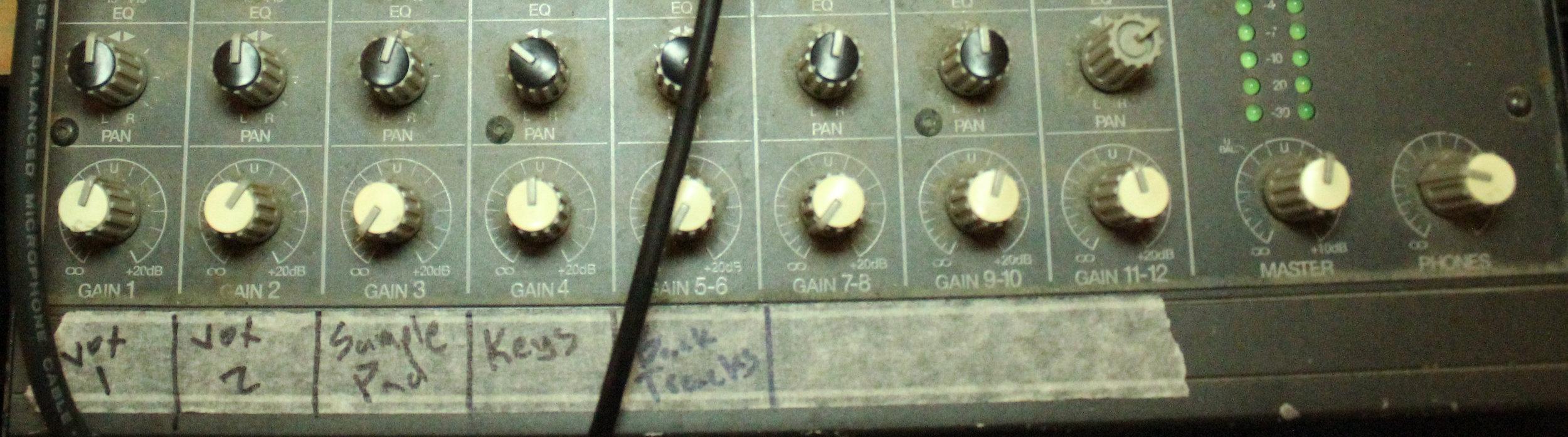 mixerD.jpg