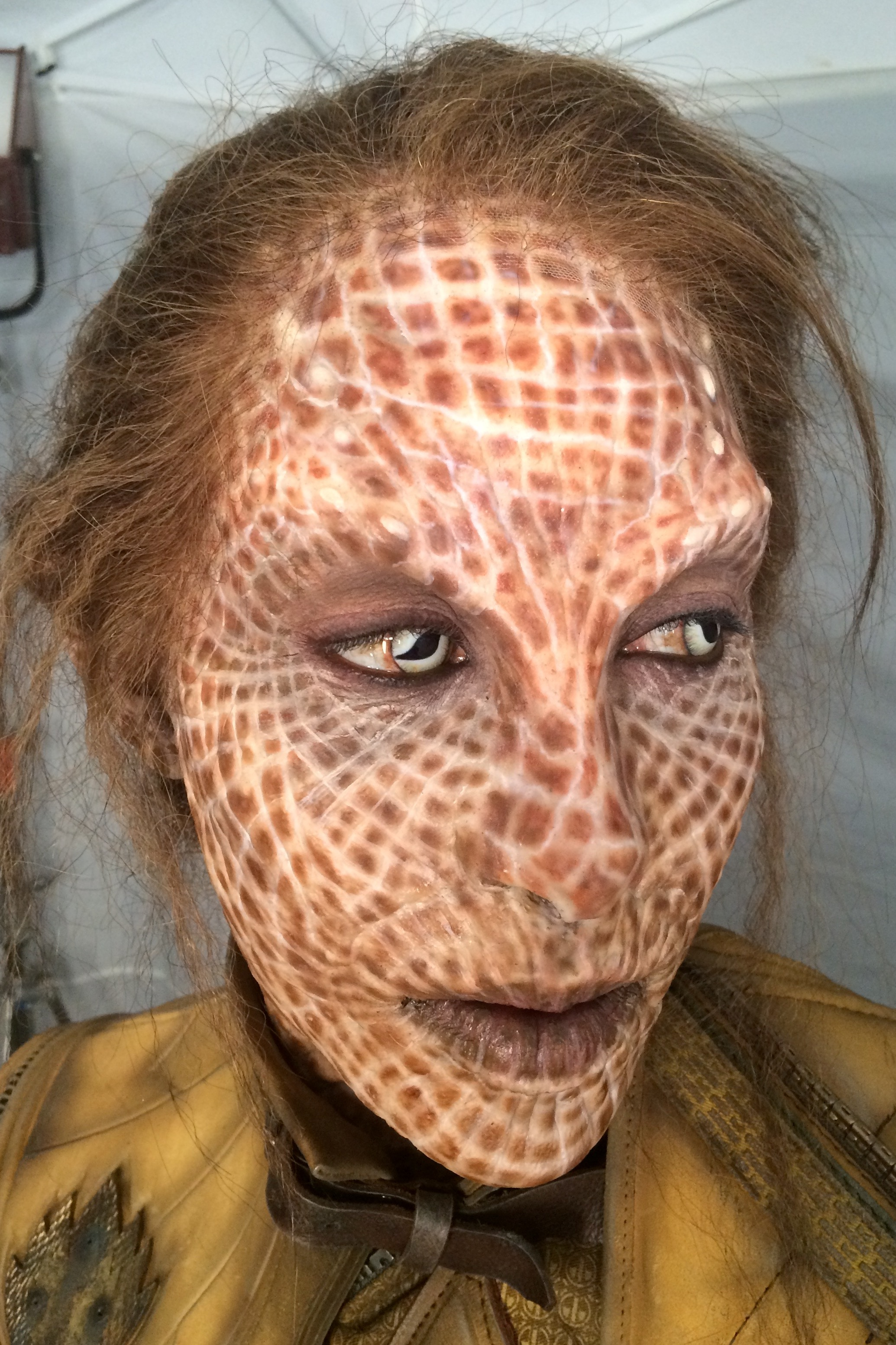 Application with Luandra Whihurst only. Prosthetics created by Legacy Studios. Marvel owned.