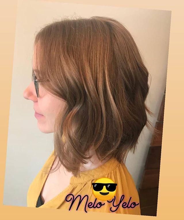 A resplendent blend of color and style. . . . . . . . . . . #behindthechair #modernsalon #americansalon #haireducation #highlights #licensedtocreate #btcpics #hair #thecutlife #maneinterest #hairstylist #hairgoals #citiesbesthairartists #newyorkhair #nycsalon #balayage #ombre #olaplex #hairpainting #color #haircolor #livedincolor #beauty #onebeauty