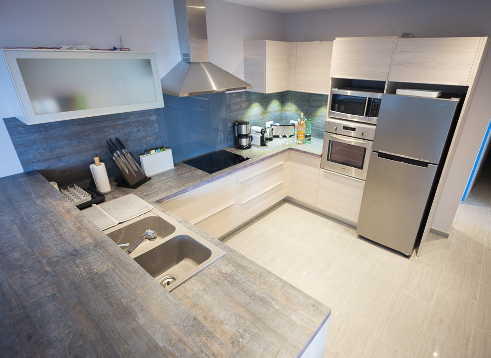 Fully Outfitted Open Plan Kitchen
