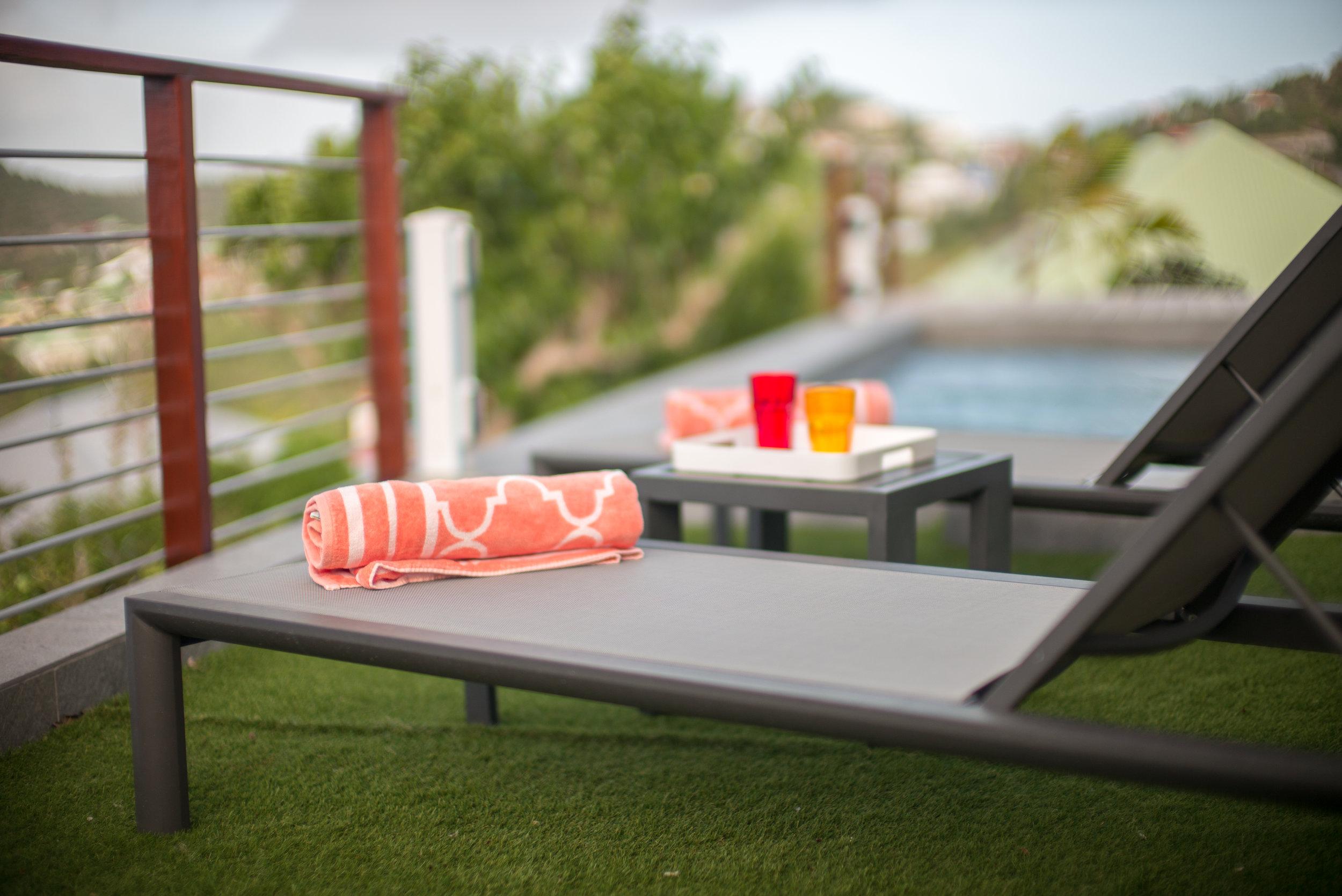 Pool & Dual Sunning Decks