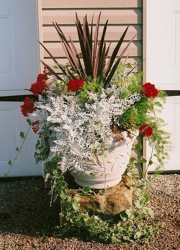 flowerpotgarage0001.jpg
