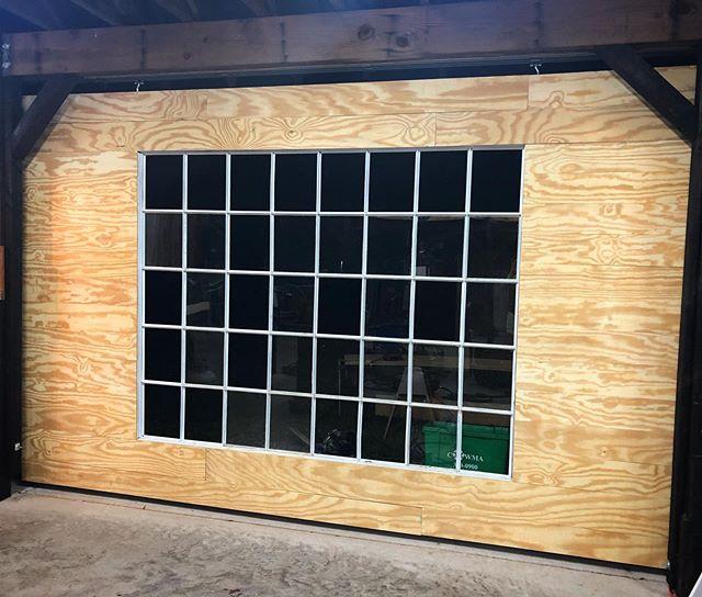 Inside paneling done on our second huge barn door ✅ Now onto staining... #neverendingproject #doorsfordays . . #diy #barnstudio #hotshop #barnrenovation #glassstudio