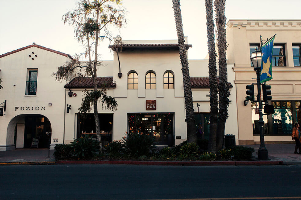 front of iphone repair santa barbara located on state street.jpg