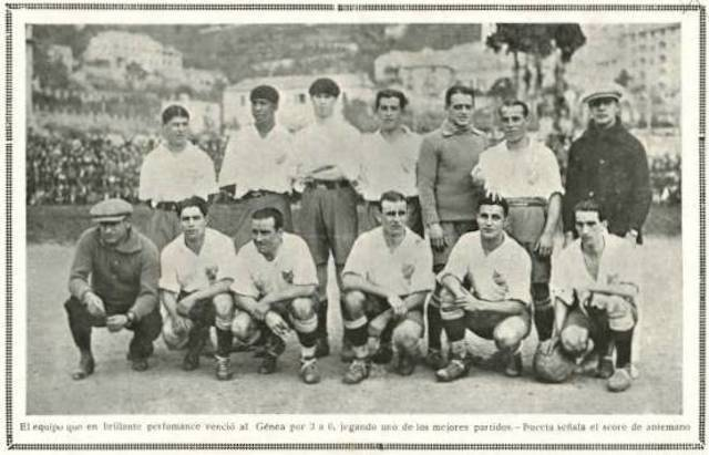 Andrade (back row, second from left) with his Nacional teammates in 1925 // PA Images