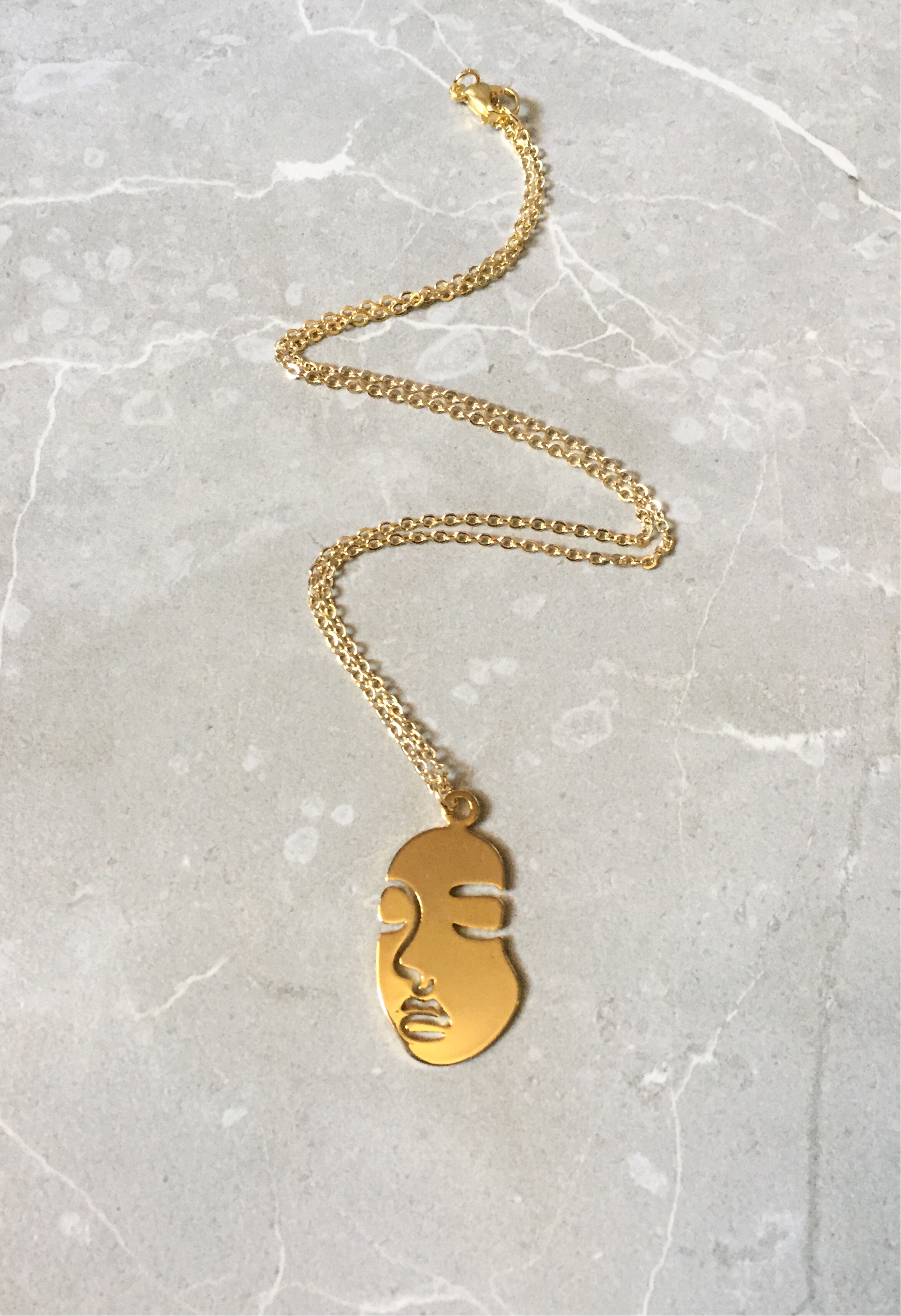 25x45mm 24 k Shiny Gold Plated Face Charms Necklace Findings Abstract Face Outline Pendants GLD620 Earring Findings