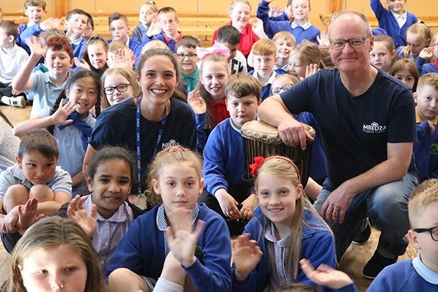 Had such a great time this morning at @cliftongreenprimary - loved singing the Muli Bwanji song with you!!