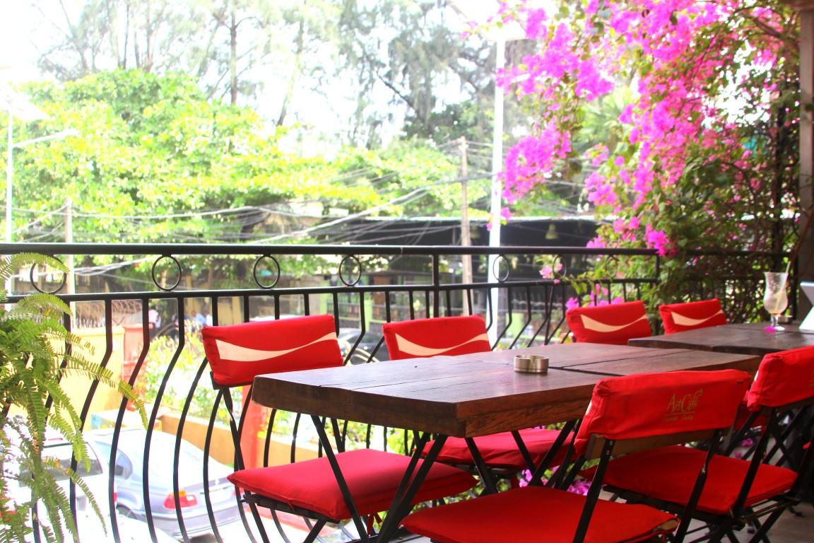 Terrace, Art Café