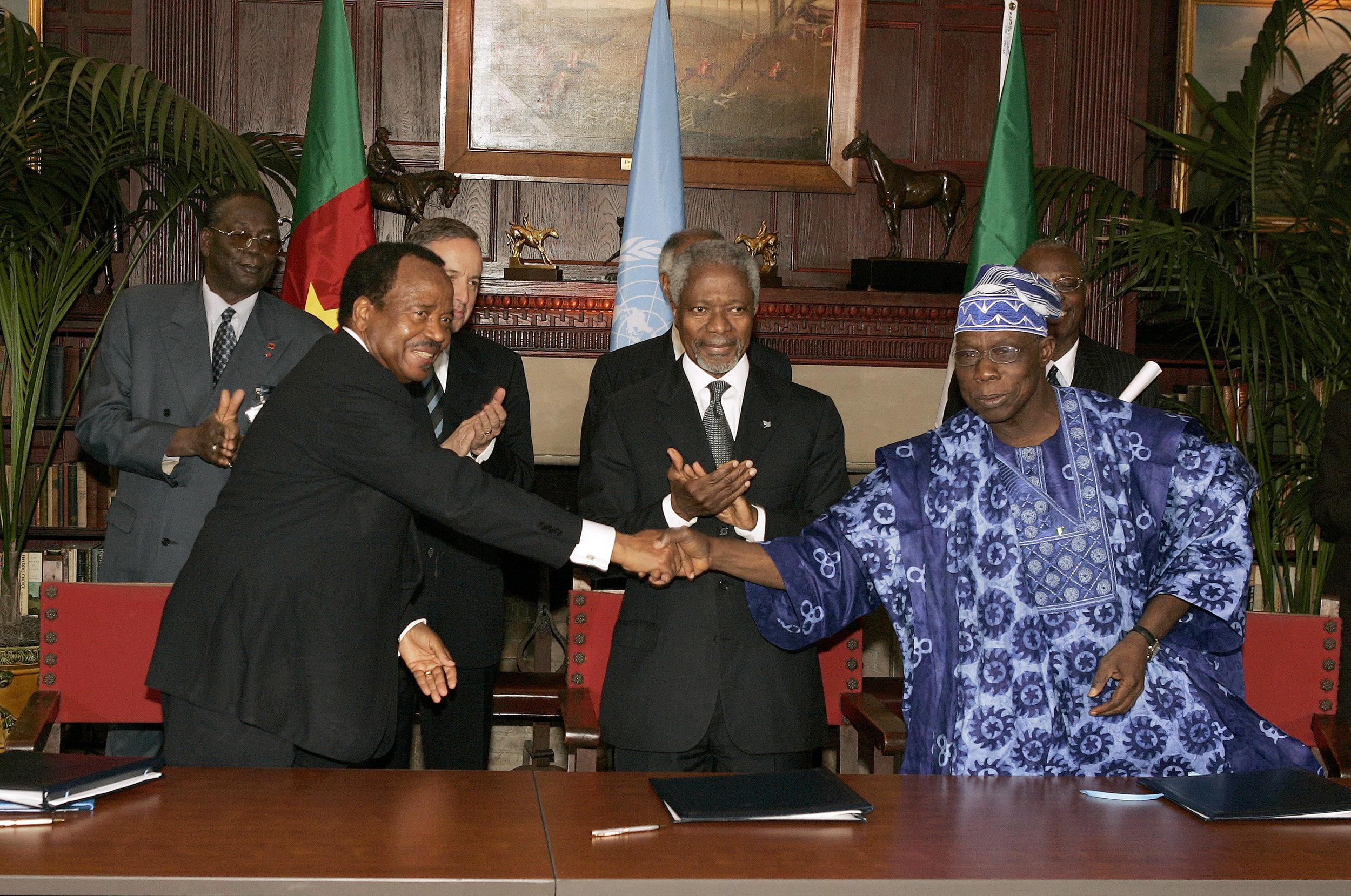 Paul Biya (Cameroon),Kofi Annan (UN) and Olusegun Obasanjo (Nigeria).  Image:  Presidency of The Republic of Cameroon .