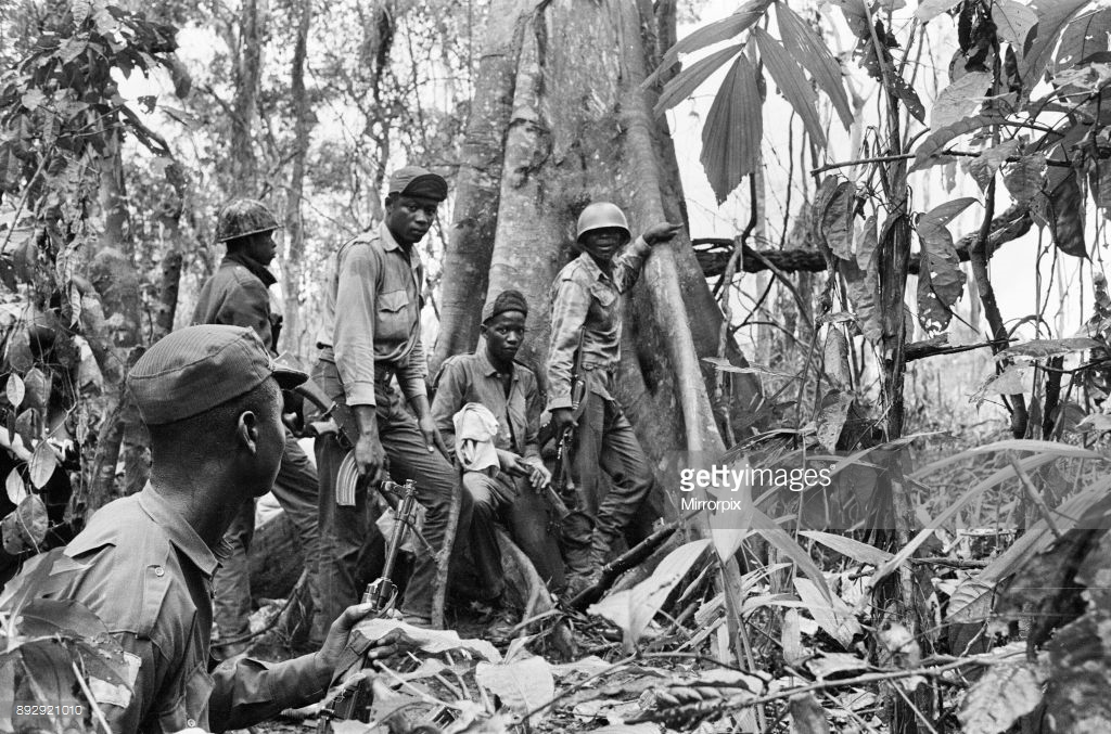 Biafran Soldiers Advancing Towards The Federal Soldiers.