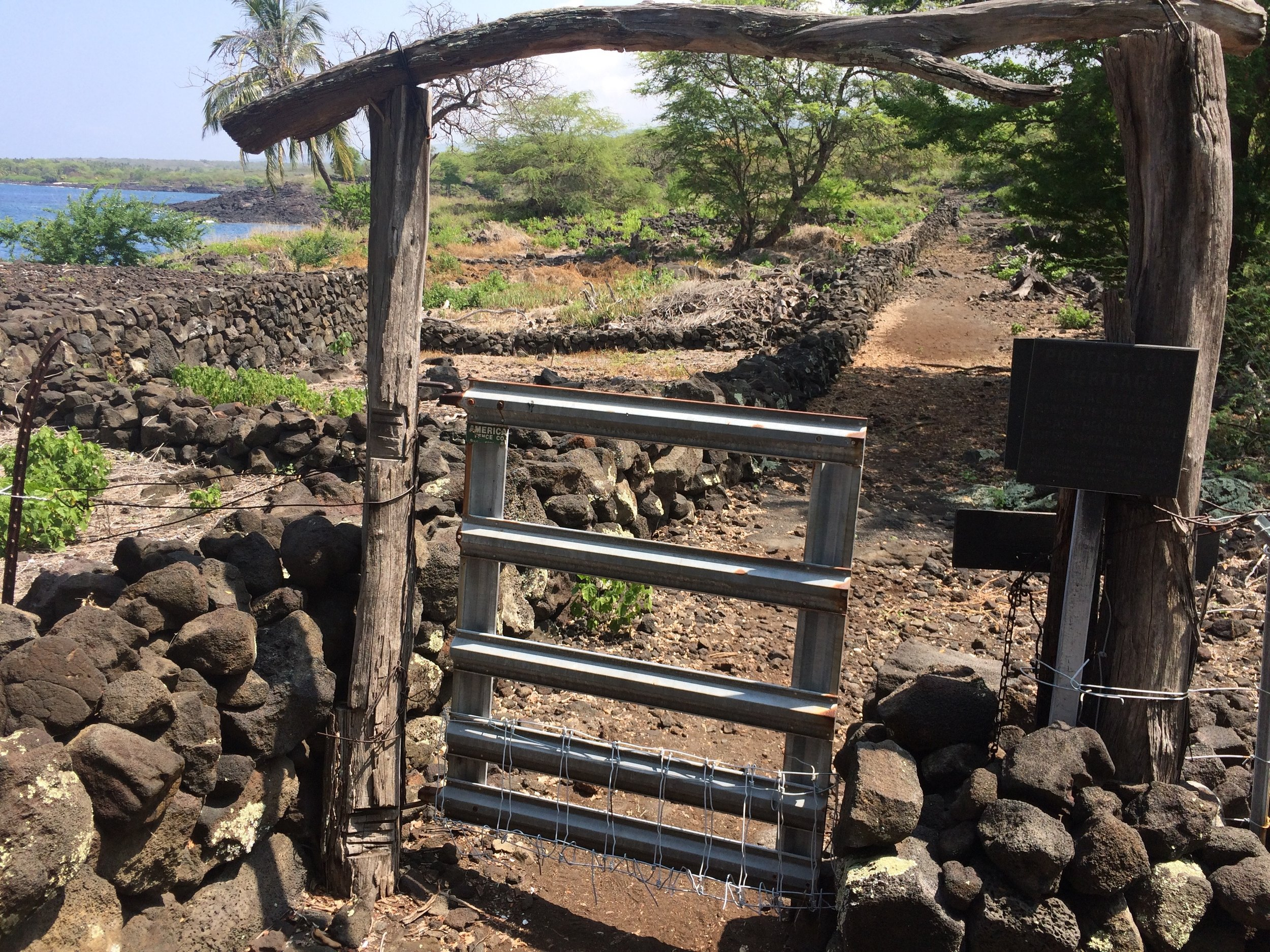 The 1871 trail south of Puʻu Honua o Honaunau National Historic Park.