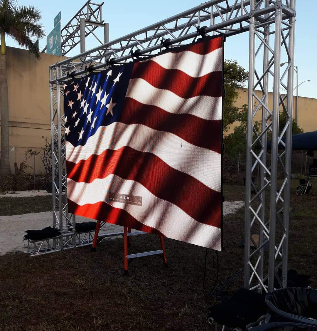 Truss Structure Vibrant LED Video Panel Wall Outdoor Rated