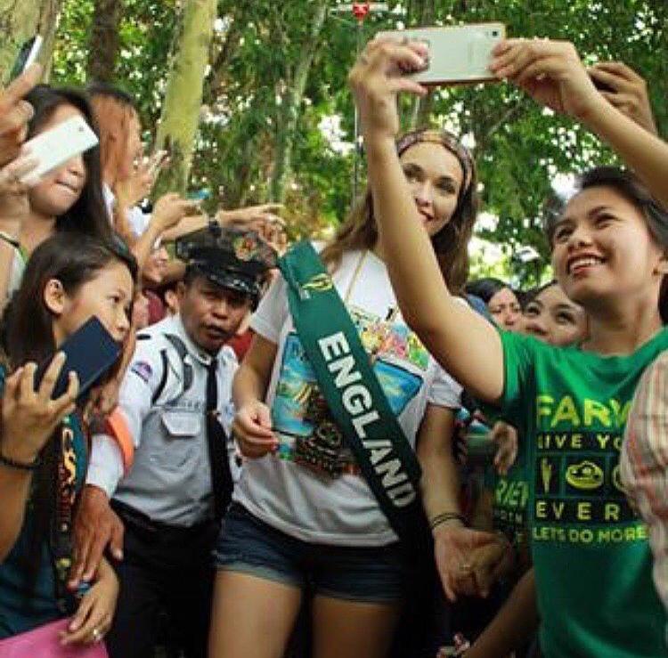 Luissa Burton enjoying spreading environmental global love. #MissEarthEmpoweredtoMakeAChange