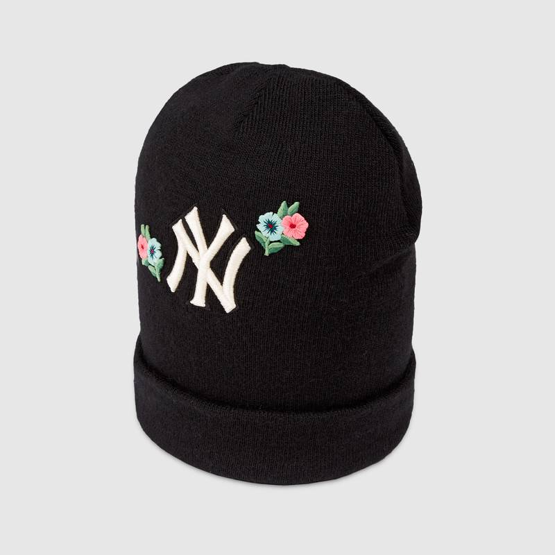 528891_3G206_1000_001_100_0000_Light-Wool-hat-with-NY-Yankees-patch.jpg