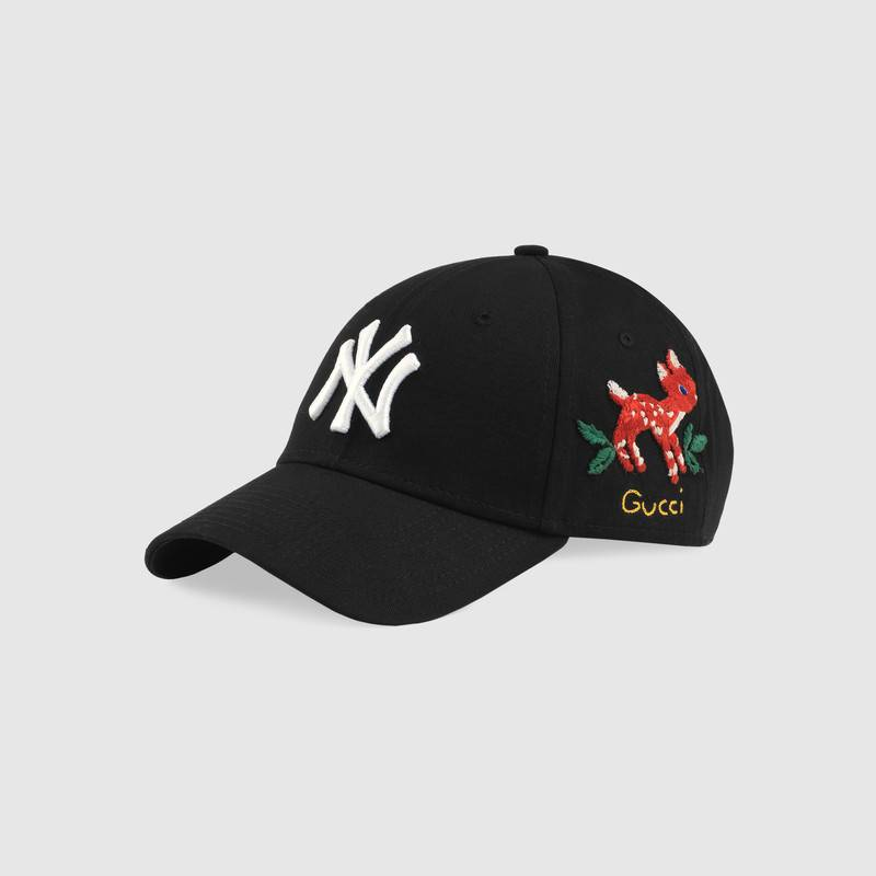 538561_3HE25_1080_001_100_0000_Light-Baseball-cap-with-NY-Yankees-patch.jpg