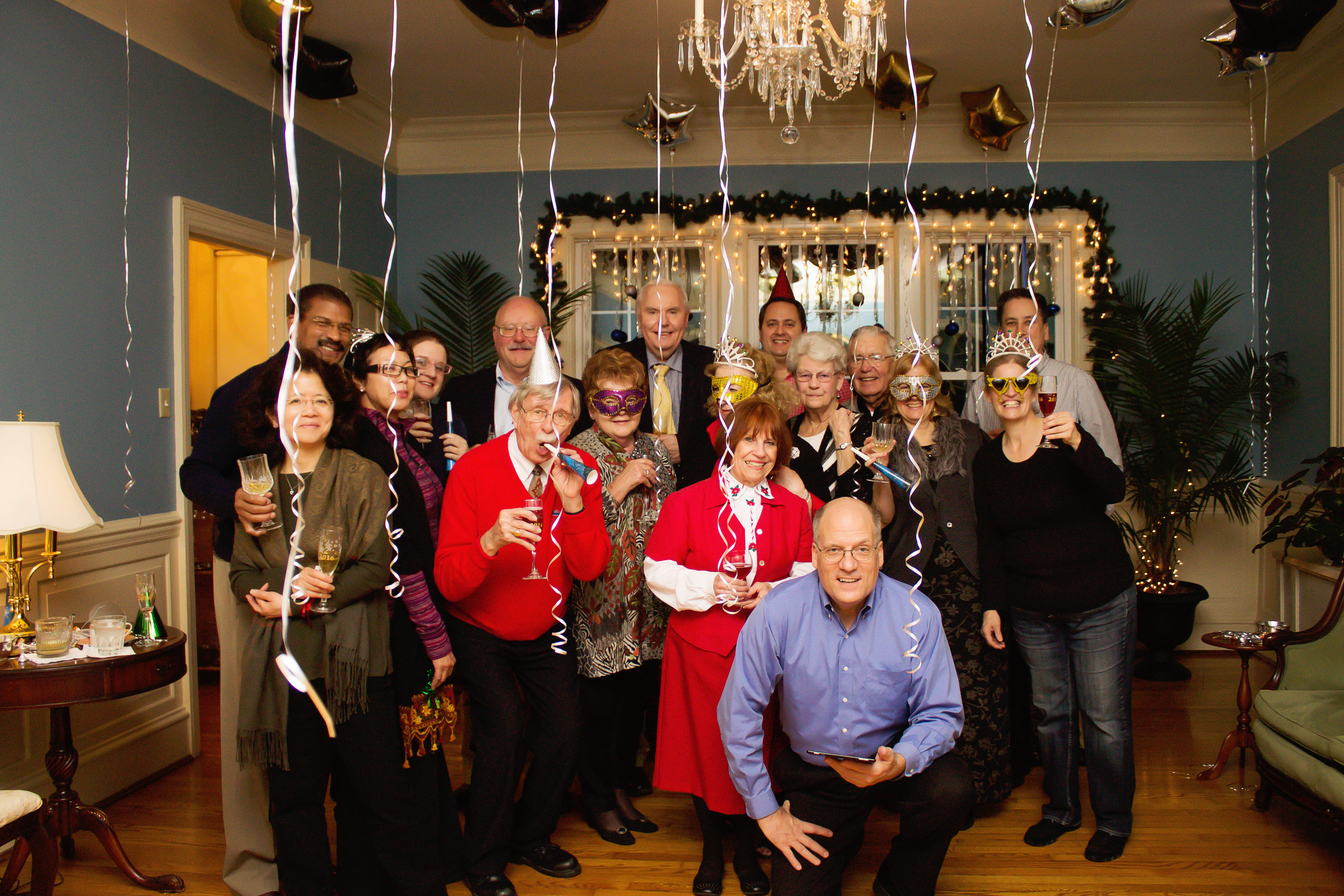 hill-crest-virginia-bed-breakfast-new-year-event-group-picture