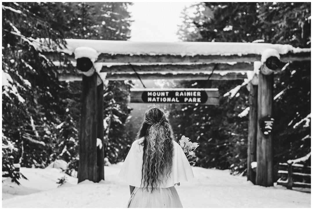 Brittingham_Photography_Orting_Washington_High_School_Senior_Photographer_Lucy_Malone_Daffodil_Princess_0008.jpg