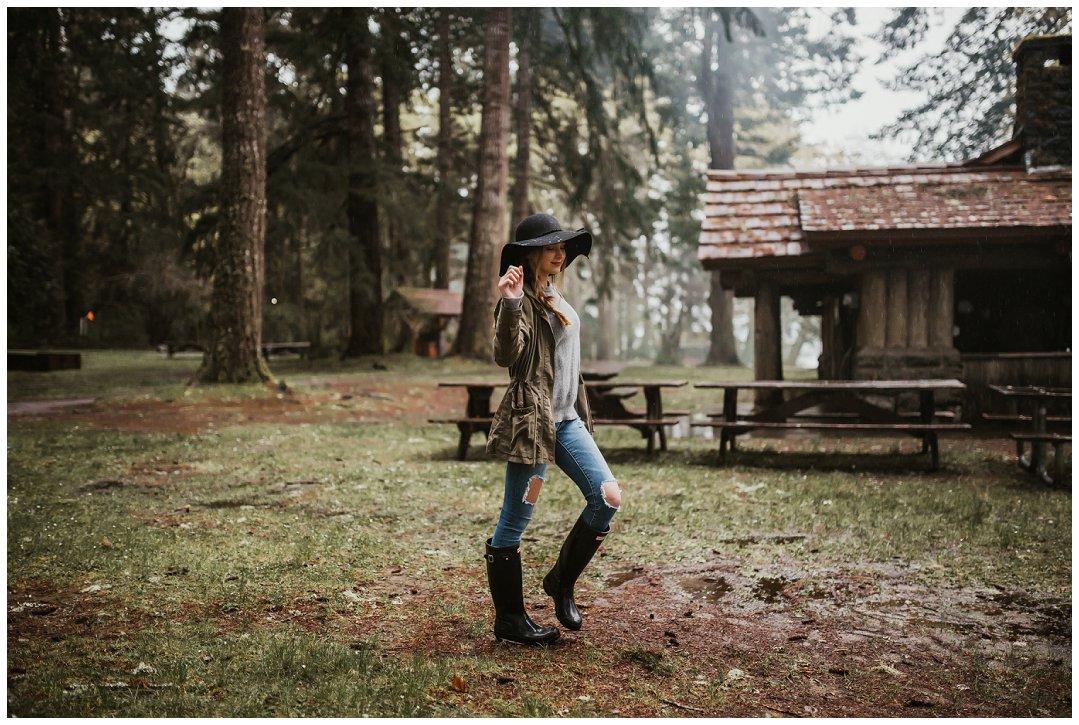 Brittingham_Photography_Orting_Washington_High_School_Senior_Photographer_Wanderlust_Shoot_Olympia_Washington_0033.jpg