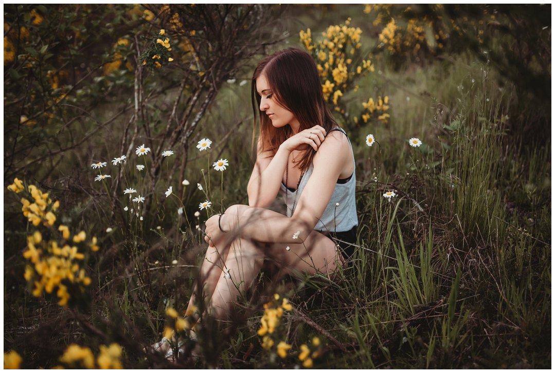 Brittingham_Photography_Orting_Washington_High_School_Senior_Photographer_Puyallup_poppies_Maddie_0018.jpg
