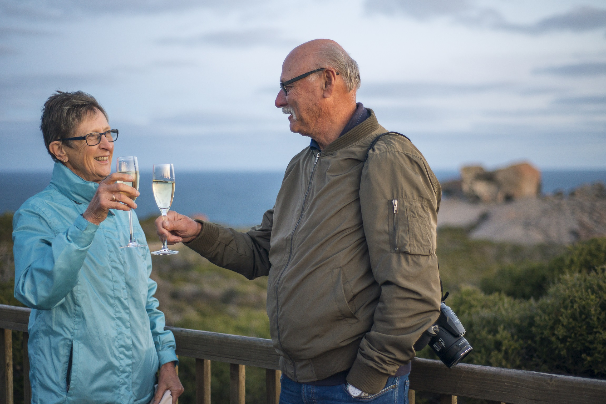 Sunset drinks at Remarkable Rocks