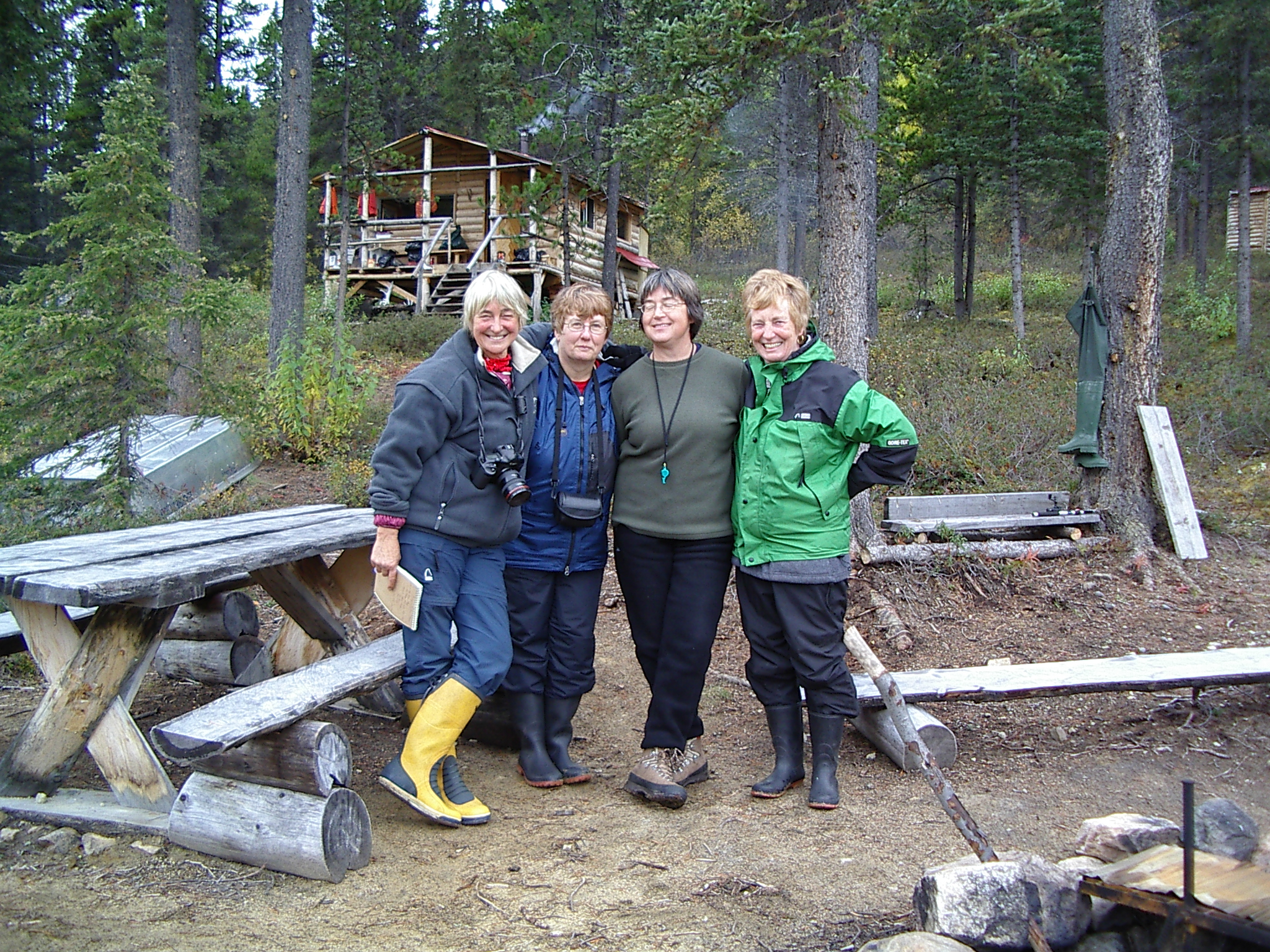 Lynn Hancock and girls at frog river.JPG