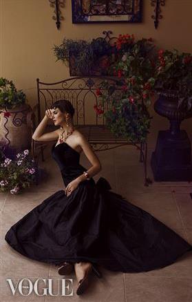 Vogue Italia by me Vivianne tran .jpg