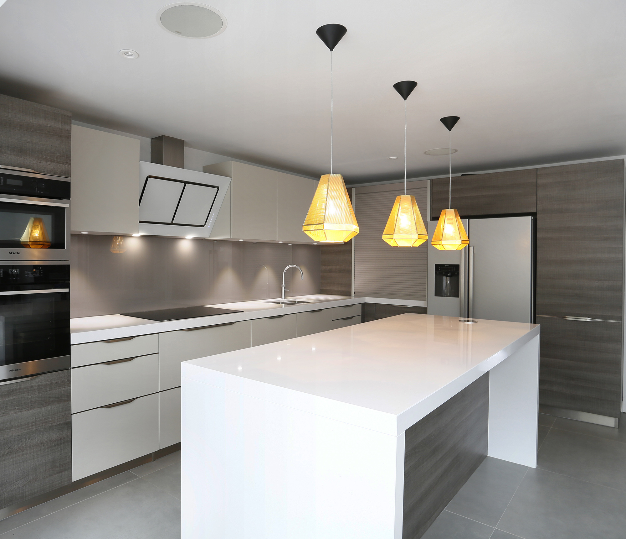 Contemporary family house interior design pictures